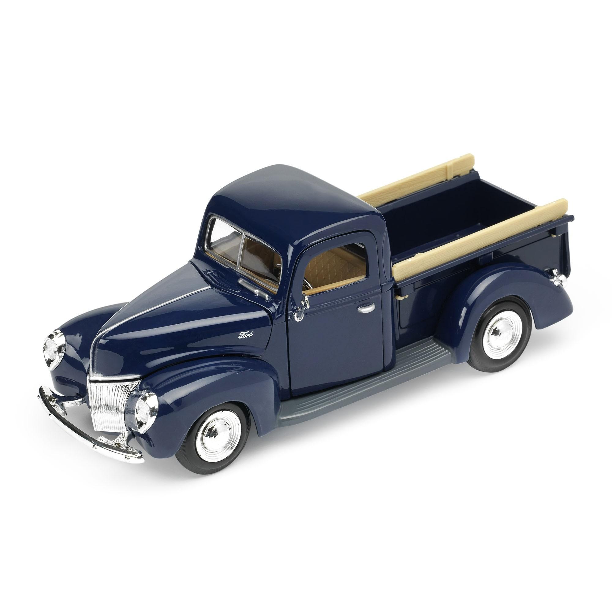 MotorMax - 1940 Ford Pickup